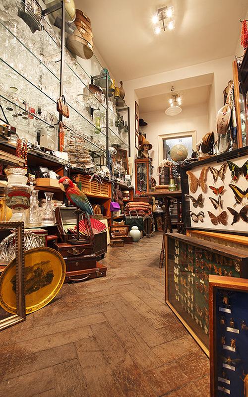 Palma Kunkel Antikes und Schmuck in München, der Laden von Innen